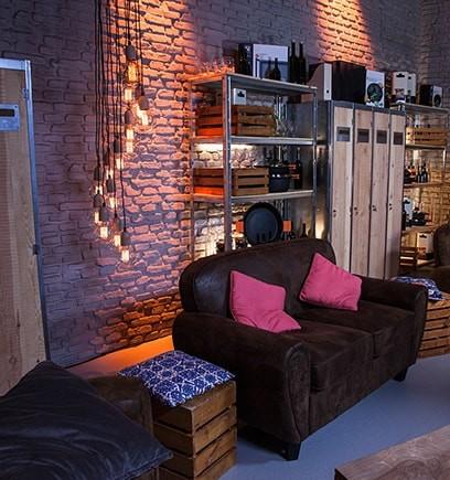 BLUX LAMPS TV